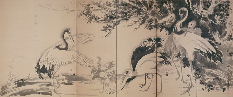six panel screen, right screen; adult crane at L stands with wings spread facing two baby cranes who look up with beaks open and wings spread; a third baby crane pecks at the ground at center; two cranes, one black, one white peck at the ground at center; at right, two more cranes stand among an area of foliage; hints of landscape/seascape in background