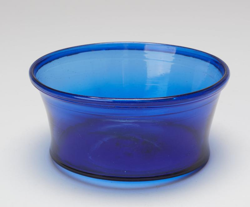 Bowl, dark blue glass