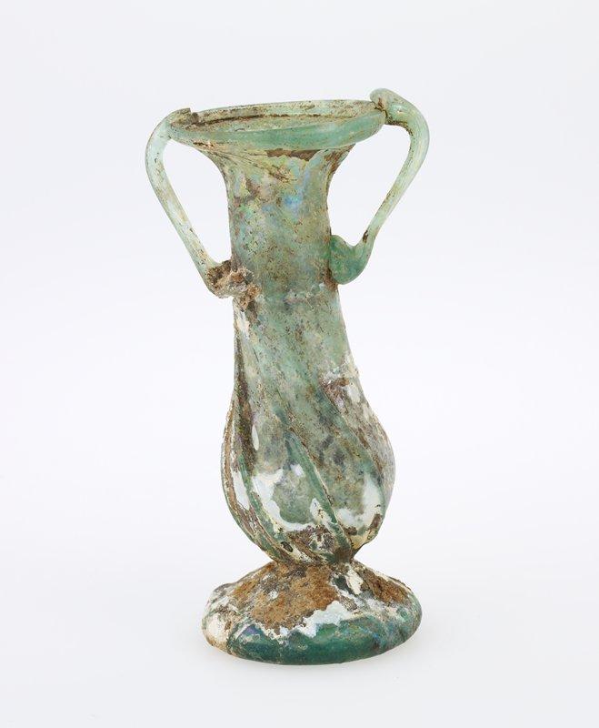 2-handled vase, glass