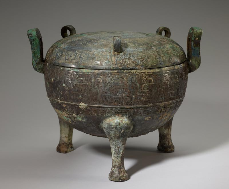Ding ritual food vessel (Liyu style) with separate lid