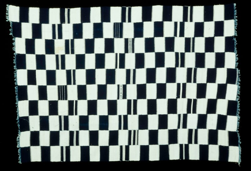 10 individual strips, 5-½ in. wide, lengths varying slightly, machine zigzag stitched together