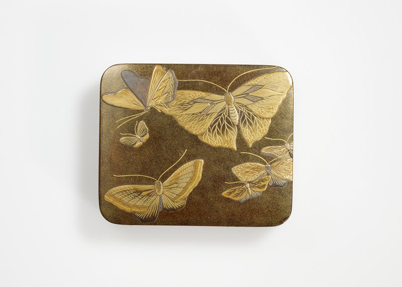 Box, rectangular, dark base with gold foil sprinkled on (nashi-ji), decorated with various-sized butterflies. Bottom and inside aventurine