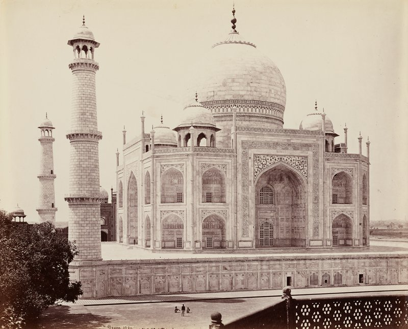 Taj Mahal viewed at angle