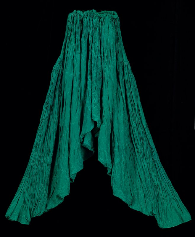 emerald green shalvar trousers with gathered waist (enclosed elastic) with strong vertical creasing