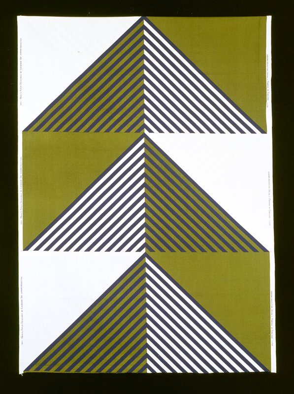 alternate squares with diagonal stripes on one half; plain color other half white, blue strips on bkg. green; green, blue stripes on bkg. white