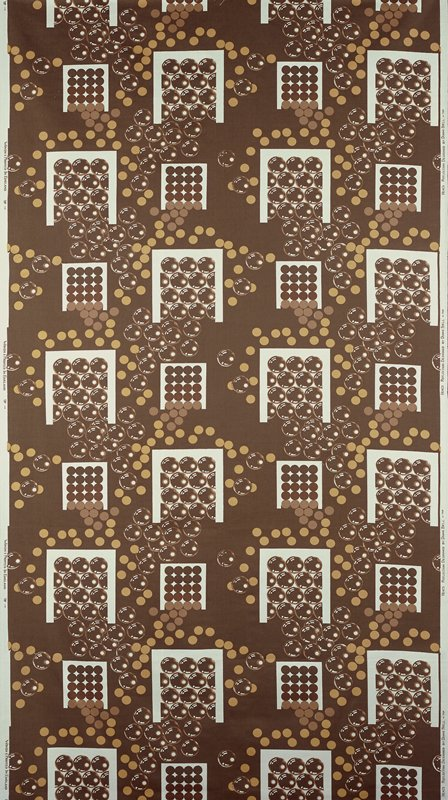 brown ground; white squares with cia rcles brown/beige; circles like bubbles